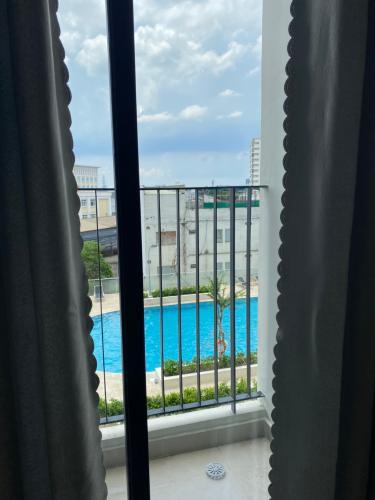 Căn hộ Centum Wealth đầy đủ nội thất, view hồ bơi