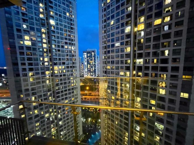 View căn hộ Q2 Thảo Điền, Quận 2 Căn hộ Q2 Thảo Điền tầng 21, đầy đủ nội thất và tiện ích.