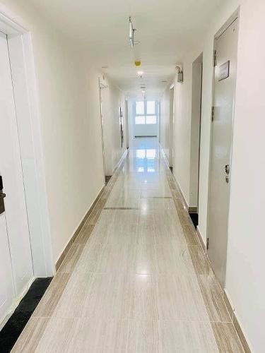 Hành lang căn hộ Moonlight Boulevard Bình Tân Căn hộ Officetel Moonlight Boulevard nội thất cơ bản.