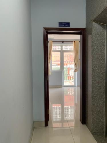 Không gian mặt bằng kinh doanh Quận 2 Mặt bằng kinh doanh gồm 1 trệt, 1 lầu có hầm để xe và thang máy.