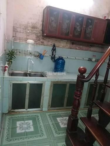 Nhà phố Quận Bình Tân Nhà phố thiết kế 1 trệt, 1 lầu đúc kiên cố, hẻm cao ráo không bị ngập nước.