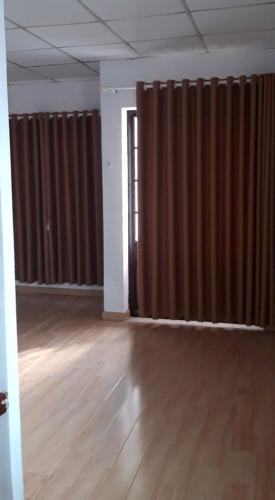 Nhà phố Huyện Hóc Môn Nhà phố diện tích 32m2 kết cấu 1 trệt 1 lầu, không có nội thất.