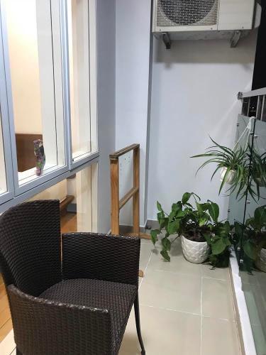 Ban công căn hộ Him Lam Riverside, Quận 7 Căn hộ Him Lam Riverside tầng 15 đầy đủ nội thất, view thành phố.