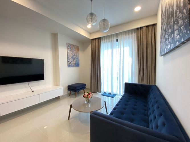 Phòng khách SaiGon Royal Quận 4 Căn hộ tầng 15 Saigon Royal ban công hướng Đông Bắc nhìn thành phố