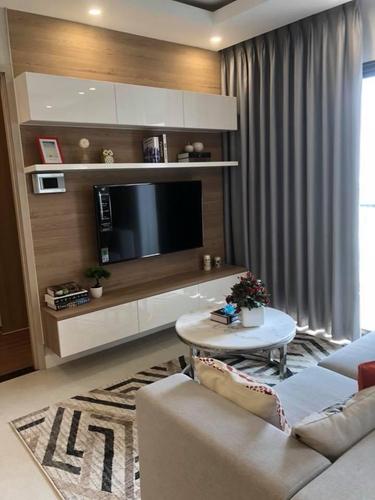 Căn hộ New City Thủ Thiêm tầng 20 thiết kế hiện đại, đầy đủ nội thất.
