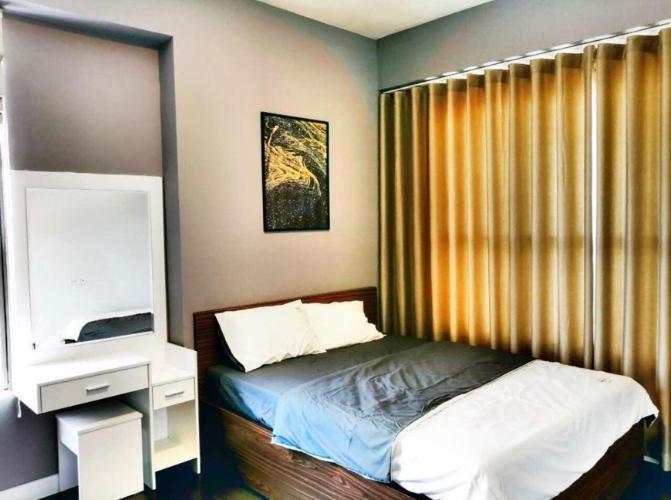 Phòng ngủ căn hộ The Sun Avenue, Quận 2 Căn hộ The Sun Avenue ban công rộng rãi, đón gió và nắng thoáng mát.