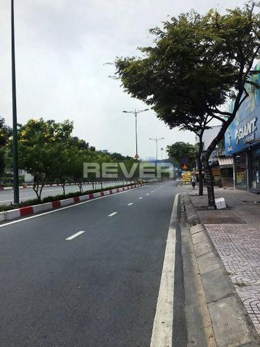 Mặt bằng kinh doanh đường Phạm Văn Đồng, diện tích 30m2 thoáng rộng.