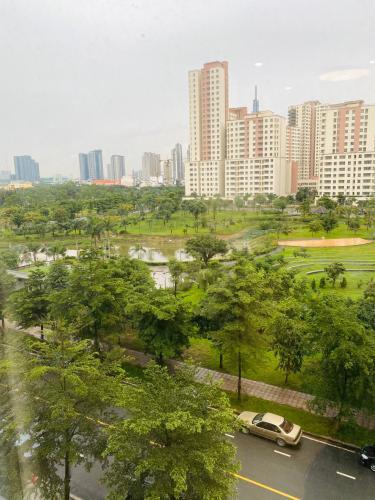 view cảnh New City Thủ Thiêm quận 2 Căn hộ tầng 06 New City Thủ Thiêm bàn giao nội thất đầy đủ