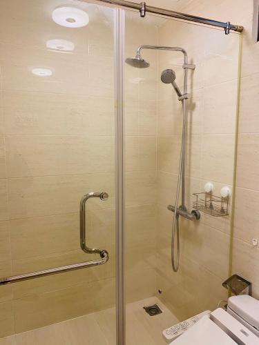 nhà tắm căn hộ  New City Thủ Thiêm quận 2 Căn hộ tầng 06 New City Thủ Thiêm bàn giao nội thất đầy đủ