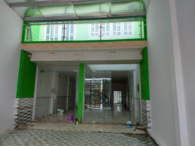 Nhà phố Quận 12 Nhà phố thiết kế 1 trệt, 2 lầu mặt tiền đường Thạnh Xuân 52 tiện kinh doanh.
