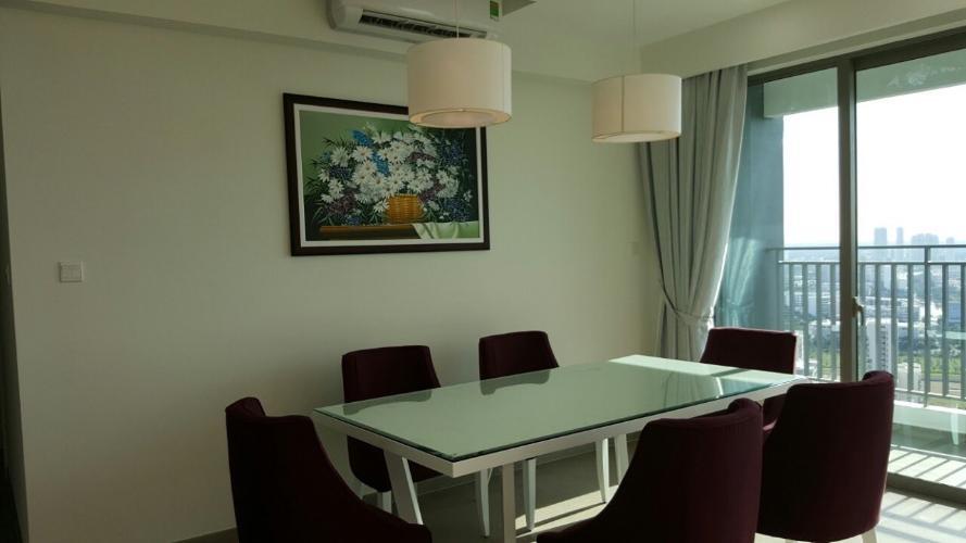 Phòng ăn căn hộ Riviera Point Căn hộ tầng cao Riviera Point nội thất đầy đủ, view thành phố sầm uất.