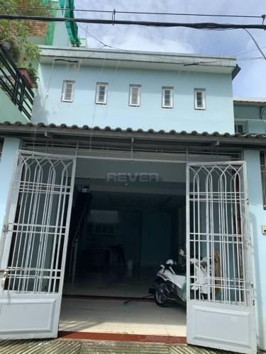 Nhà phố Quận Bình Tân Nhà phố diện tích 65m2 cửa hướng Đông Bắc, không có nội thất.