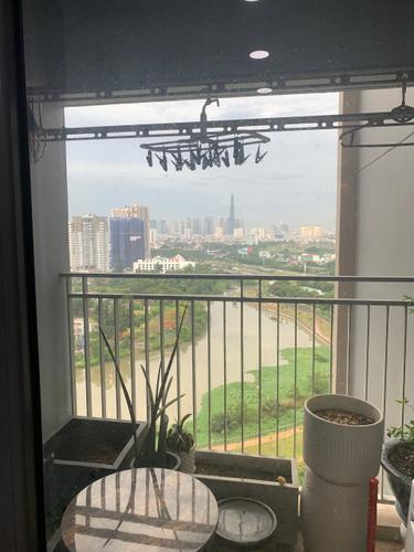 View căn hộ Palm Heights, Quận 2 Căn hộ Palm Heights tầng 18 view sông thoáng mát, đầy đủ nội thất.