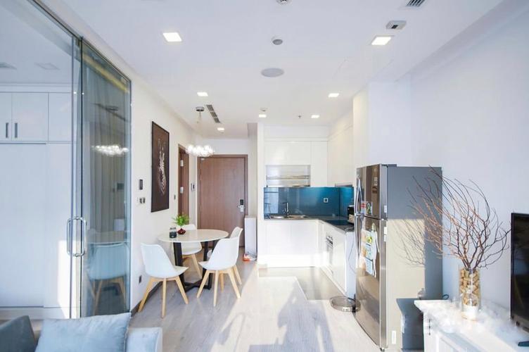 Căn hộ hạng sang Vinhomes Central Park tầng 39, đầy đủ nội thất.