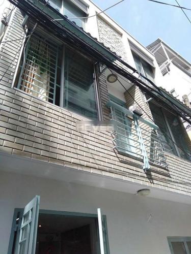 Nhà phố Quận Phú Nhuận hẻm rộng 4m diện tích sử dụng 48m2.