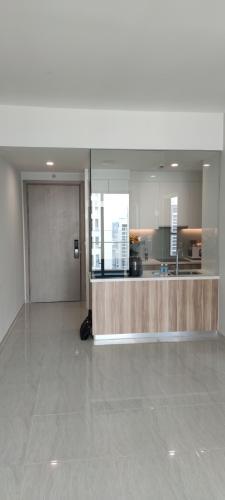 Phòng khách căn hộ Q2 Thảo Điền, Quận 2 Căn hộ Q2 Thảo Điền tầng cao cửa hướng Tây Bắc thoáng mát.