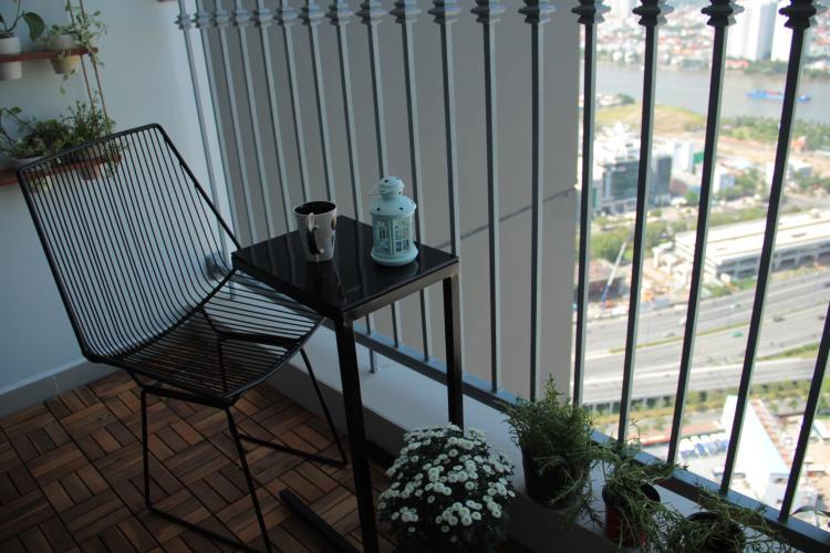 Căn hộ Vinhomes Central Park, Quận Bình Thạnh Căn hộ Vinhomes Central Park tầng 38 thiết kế hiện đại, đầy đủ nội thất.