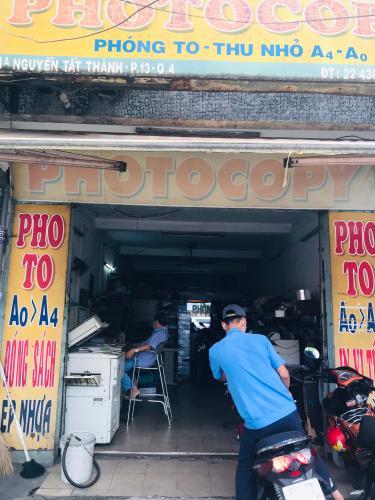 Nhà phố mặt tiền đường Nguyễn Tất Thành, diện tích đất 119.1m2, thuận tiện kinh doanh.