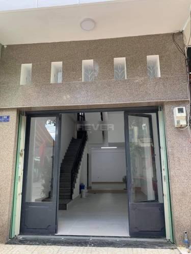 Nhà phố Quận Tân Phú Nhà phố kết cấu 1 trệt 3 lầu diện tích 56m2, không có nội thất.