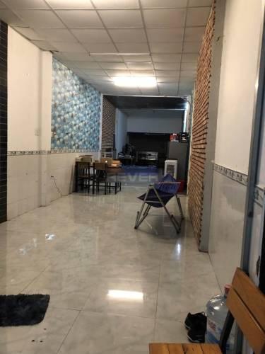 Nhà phố Quận 3 Nhà phố mặt tiền đường Trần Văn Đang diện tích 125m2, không có nội thất.
