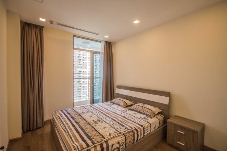 Căn hộ Vinhomes Central Park Bình Thạnh Căn hộ Vinhomes Central Park tầng 21 nội thất đầy đủ, view thành phố