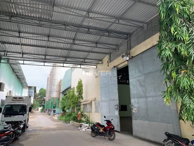 Nhà xưởng kho bãi Huyện Bình Chánh Nhà xưởng kho bãi diện tích 1425m2, đường xe Container vào tận nơi.