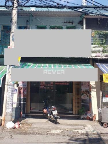 Nhà phố mặt tiền đường Phạm Phú Thứ, khu dân cư đông đúc.
