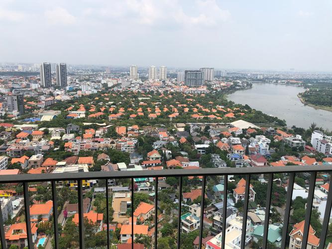 View căn hộ Masteri Thảo Điền, Quận 2 Căn hộ Masteri Thảo Điền tầng 31 view thành phố sầm uất, đầy đủ nội thất.