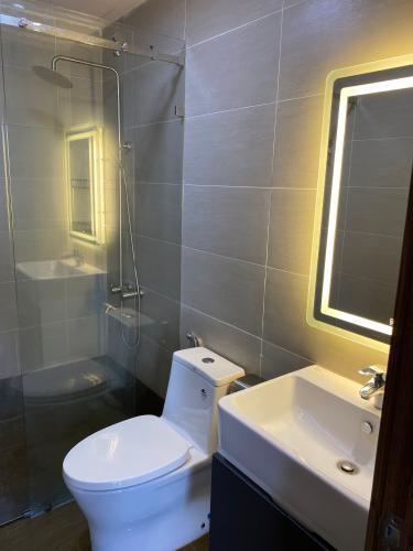 Phòng tắm căn hộ Sunrise Riverside, Huyện Nhà Bè Căn hộ Sunrise Riverside tầng 17 gồm 2 phòng ngủ, đầy đủ nội thất.