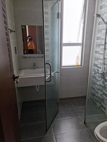 Căn hộ RichStar, Quận Tân Phú Căn hộ RichStar tầng 14 diện tích 85m2, bàn giao nội thất cơ bản.