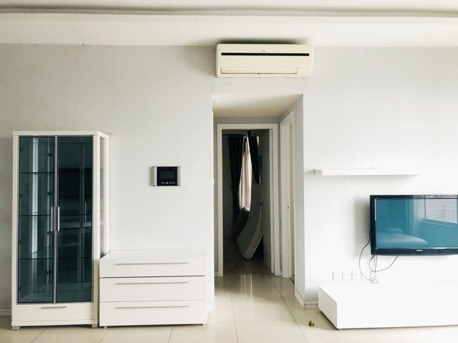 Căn hộ Saigon Pearl, Quận Bình Thạnh Căn hộ Saigon Pearl tầng 5 diện tích 100m2, thiết kế 3 phòng ngủ thoáng mát.