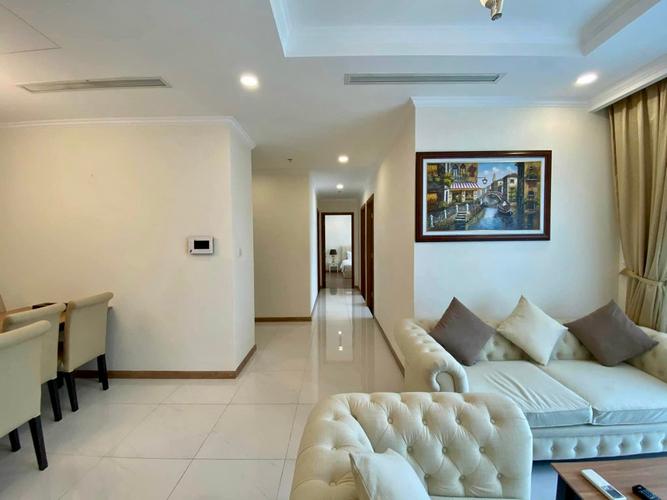 Officetel Vinhomes Central Park tầng 10 thiết kế hiện đại, đầy đủ nội thất.