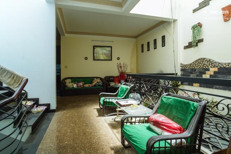 Phòng khách nhà phố Bình Thạnh Cho thuê nhà nguyên căn mặt tiền Nguyễn Văn Đậu, Bình Thạnh, DT 189m2, hướng Đông Nam