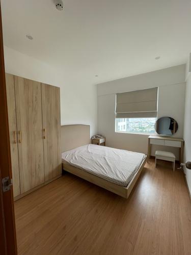 Căn hộ tầng cao Conic Riverside với view thoáng mát.