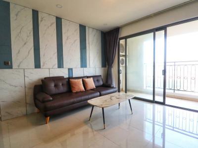 Căn hộ Saigon Royal view thành phố tuyệt đẹp, đầy đủ nội thất.
