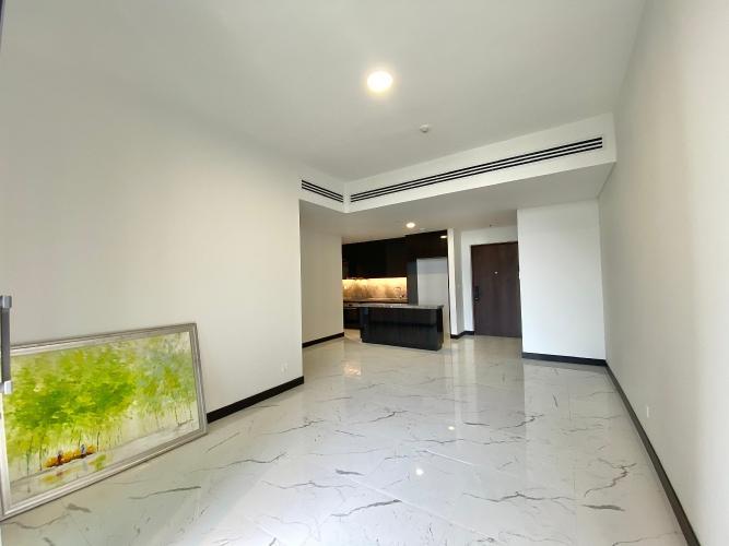 Căn hộ Empire City tầng 15 view sông Sài Gòn, nội thất cơ bản.