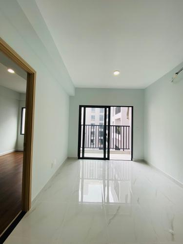 Căn hộ Lovera Vista tầng 13 thiết kế 2 phòng ngủ, view nội khu yên tĩnh.