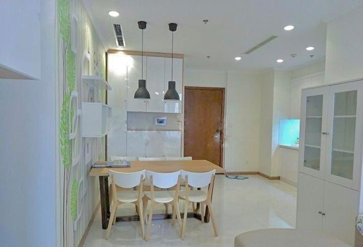 Căn hộ Vinhomes Centrla Park tầng 18 diện tích 76.8m2, đầy đủ nội thất.