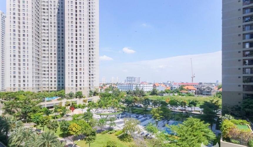 View căn hộ Masteri Thảo Điền, Quận 2 Căn hộ tầng 6 Masteri Thảo Điền view thoáng mát, nội thất cơ bản.