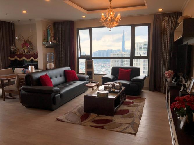 Penthouse Masteri Thảo Điền tầng 40 diện tích 143m2, đầy đủ nội thất.