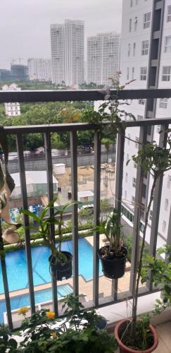 ban công căn hộ Sunrise Riverside Căn hộ Sunrise Riverside tầng thấp, nội thất cơ bản