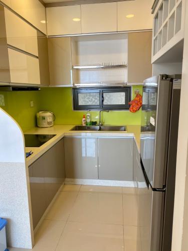 Phòng bếp Icon 56, Quận 4 Căn hộ Icon 56 tầng cao, ban công hướng Tây Nam view thành phố.