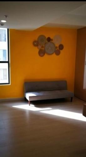 Officetel The Tresor tầng 10 thiết kế 1 phòng ngủ, đầy đủ nội thất.