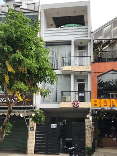 Nhà phố khu đô thị Him Lam kết cấu 1 trệt, 3 lầu không có nội thất.