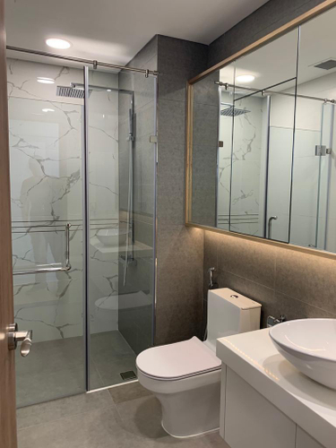 Căn hộ Sunwah Pearl, Quận Bình Thạnh Căn hộ Sunwah Pearl tầng 15 thiết kế 2 phòng ngủ, đầy đủ nội thất.