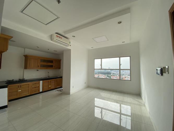 Căn hộ Sunrise City tầng 16 thiết kế 2 phòng ngủ, nội thất cơ bản.