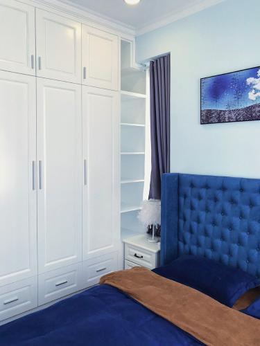 Phòng ngủ căn hộ Sunrise Riverside, Huyện Nhà Bè Căn hộ Sunrise Riverside ban công hướng Tây, thiết kế hiện đại.