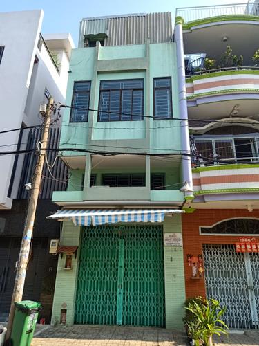 Mặt tiền nhà phố Quận Tân Phú Nhà phố cửa hướng Đông Bắc, thiết kế 1 trệt, 1 lửng và 2 lầu kiên cố.