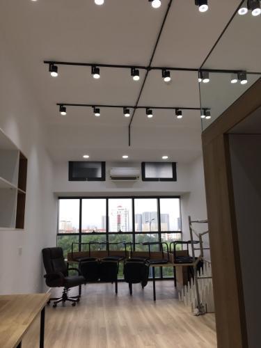 không gian căn hộ The Sun Avenue Căn hộ nội thất đầy đủ The Sun Avenue view nội khu.