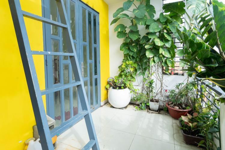 Nhà phố Huyện Nhà Bè Nhà phố mặt tiền đường Huỳnh Tấn Phát, ngay chợ Phú Xuân.